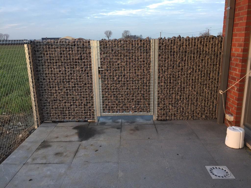 steenkorf-poortje